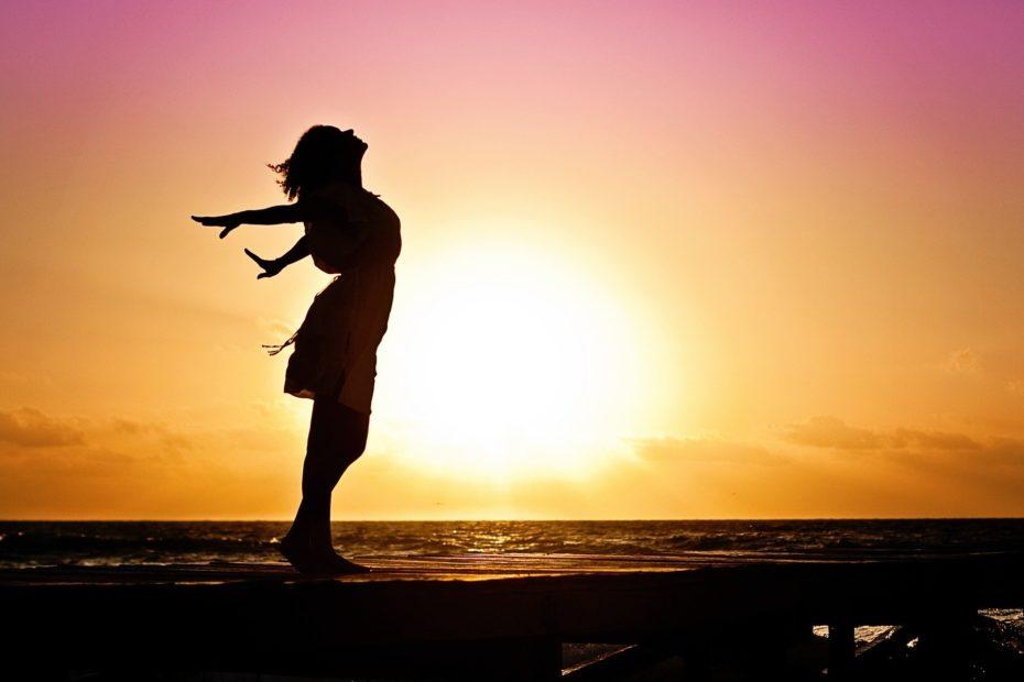 Supera la fatiga crónica. Recupera tu energía. Recupera tu vida. Estilo de vida saludable. Melatonina y fatiga crónica,
